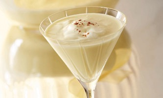 Holiday Cocktails – Eggnog Martini